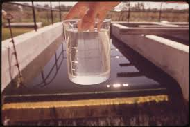 A vízszűrő betétet cserélni kell