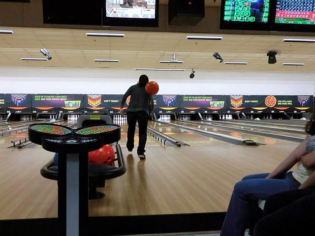 eger_bowling