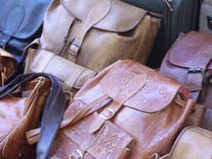 Mintás műbőr táskák