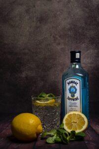 gin á